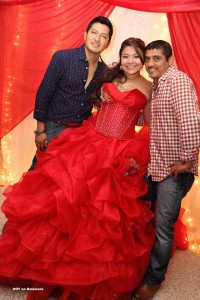 Gustavo y Mauricio con Angela.
