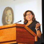 Yvette Peña en la sesión plenaria de la Cumbre Latina de Delaware 2018